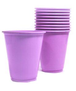 Vasos plásticos lilas